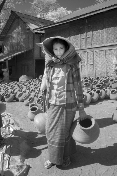 109- Pottery Village Woman